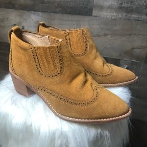 Madewell Grayson Brogue Chelsea Suede Ankle Boot